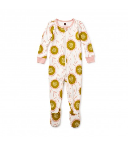 Tea Collection Bruadarach Baby Pajamas in Chalk Product Image
